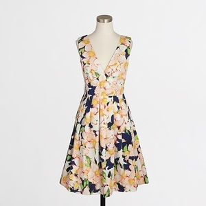 NWT JCREW V Neck Floral Dress